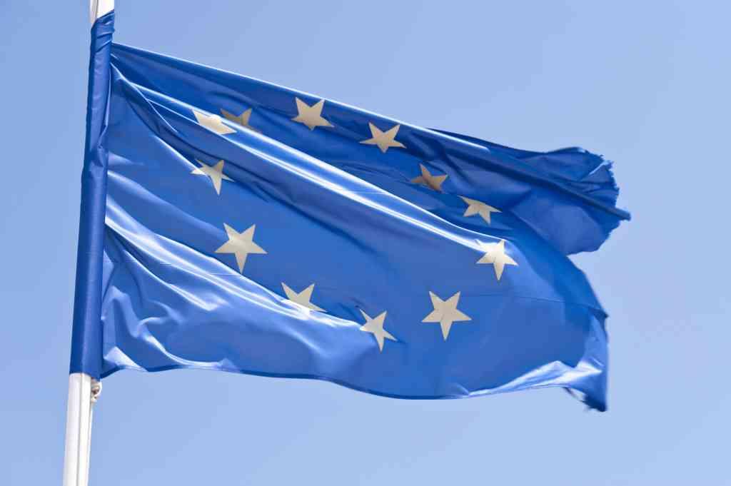 european-flag_gjpd27qd