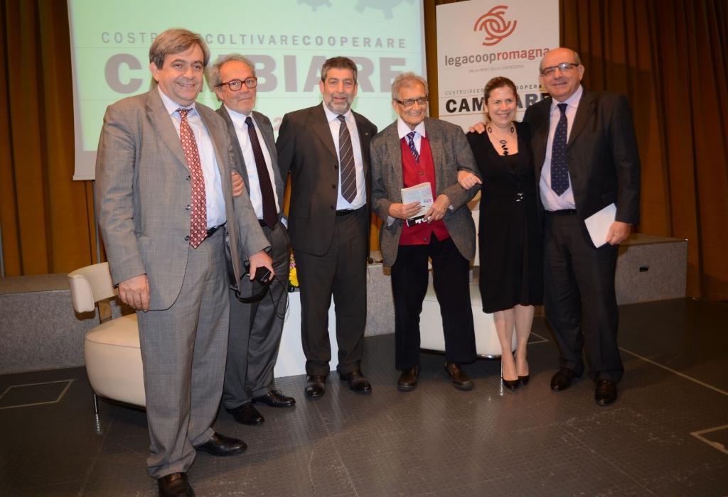 Amartya Sen alla conferenza programmatica di Legacoop Romagna – le foto e i video