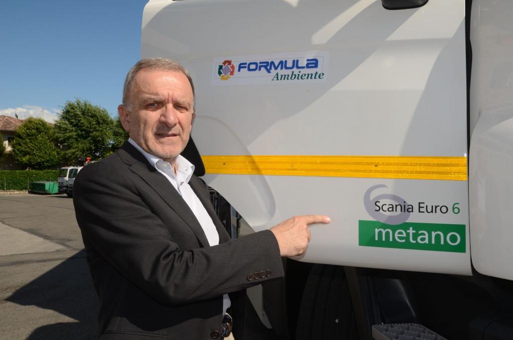 Formula Ambiente si dota di un mezzo per la raccolta rifiuti a metano