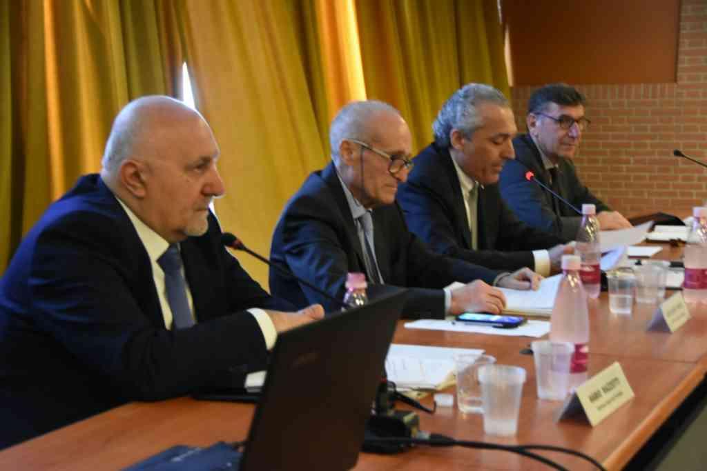 Le relazioni di Mario Mazzotti e Guglielmo Russo all'assemblea di Legacoop Romagna